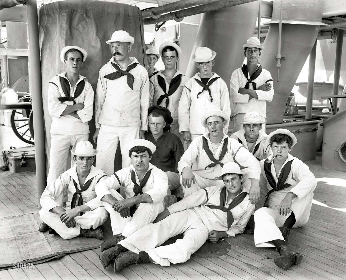 Корабли, речные суда и военные моряки на снимках американских фотографов конца 19 века (17)