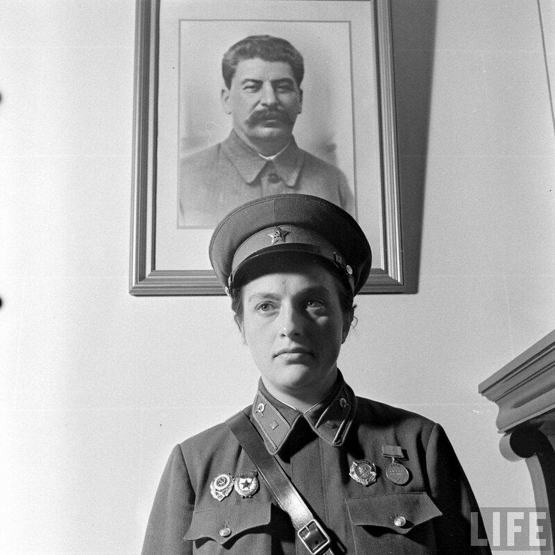 Снайпер Людмила Павличенко, советская женщина снайпер, снайпер Павличенко