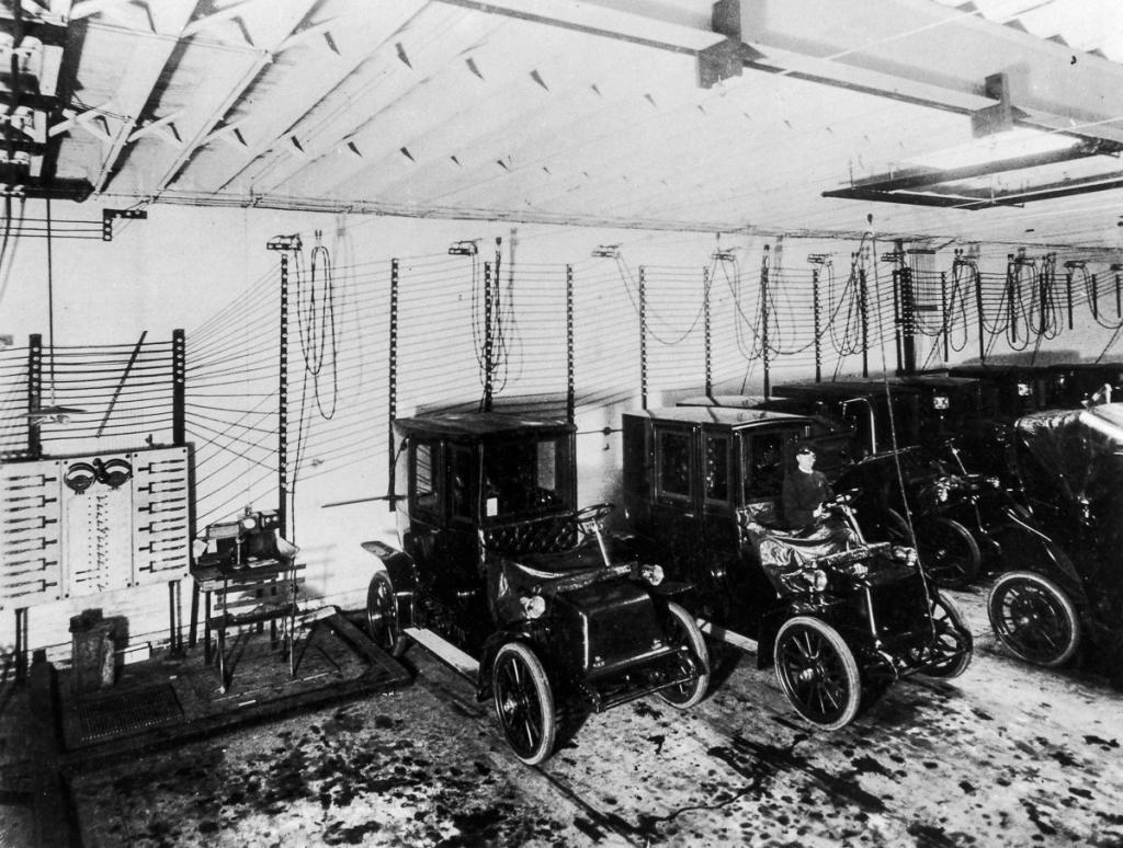 Первые электромобили