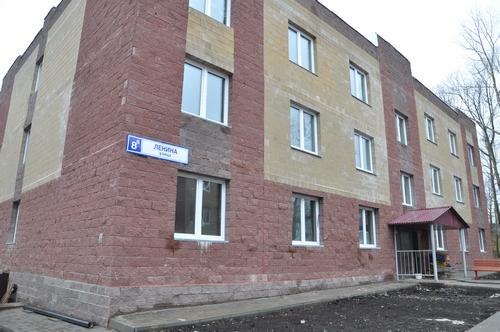 Новый дом для детей-сирот не смогли сдать в срок
