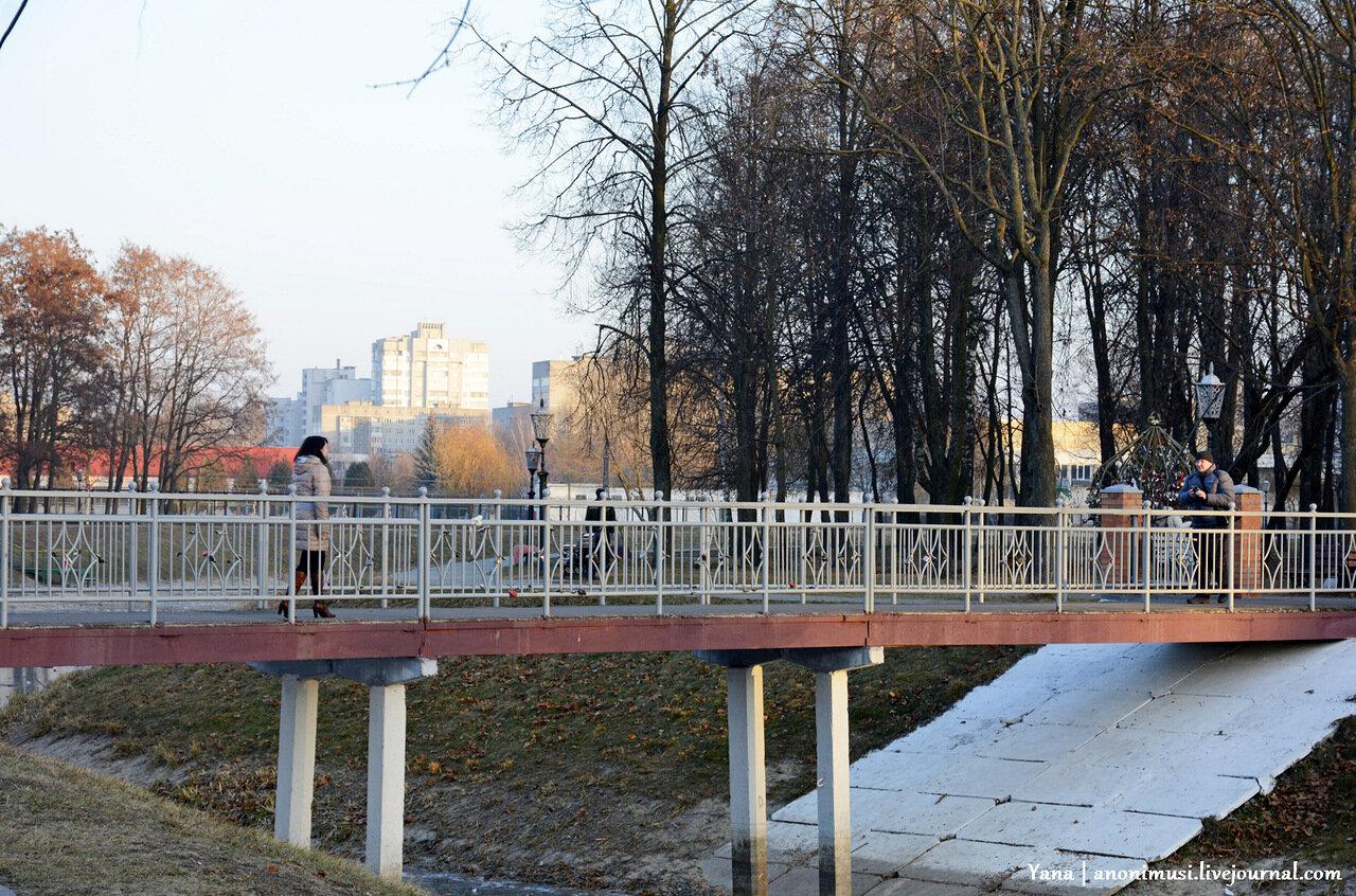 Закат в сквере Фестивальный. Гомель