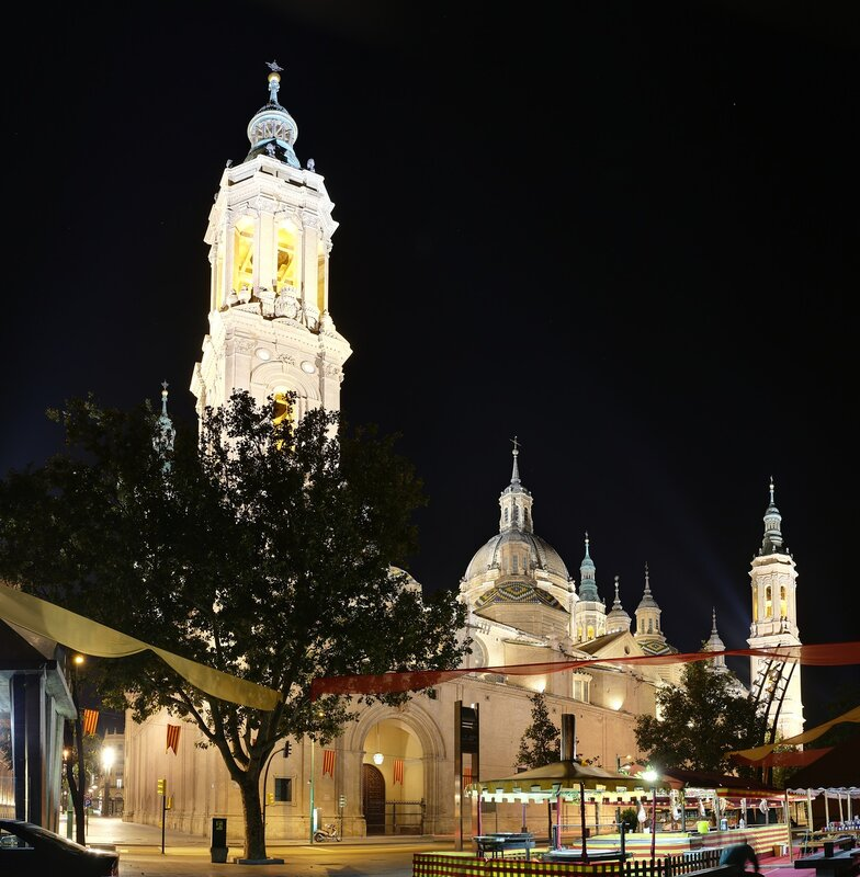 Zaragoza. The Cathedral of the virgin Pilar at night. The view from the waterfront.