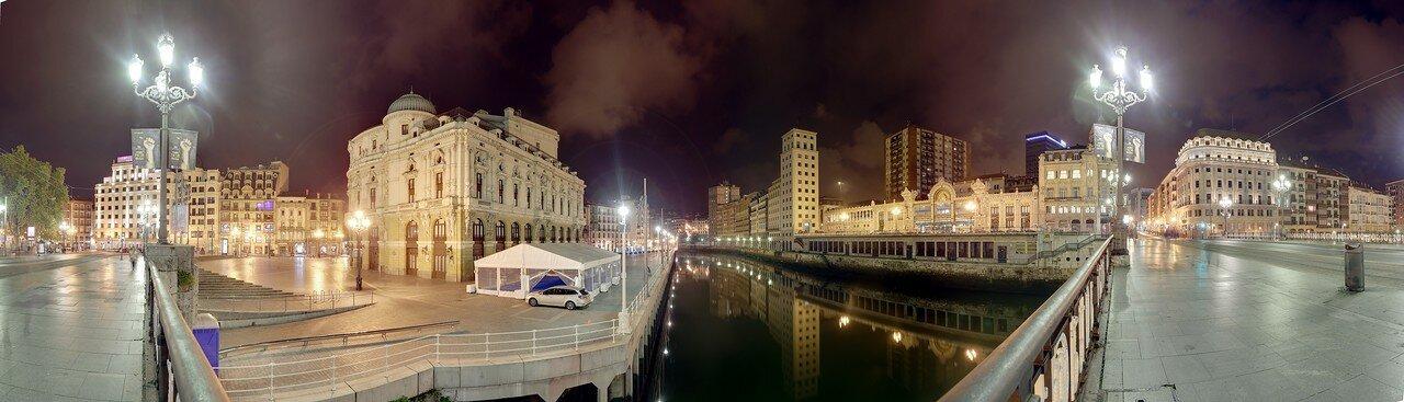 Бильбао ночью. Река Нервьон. панорама
