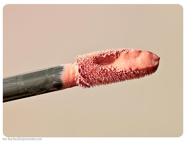rimmel-apocalips-vip-velvet-matte-review-maybelline-lash-sensational-swatch-отзыв2.jpg