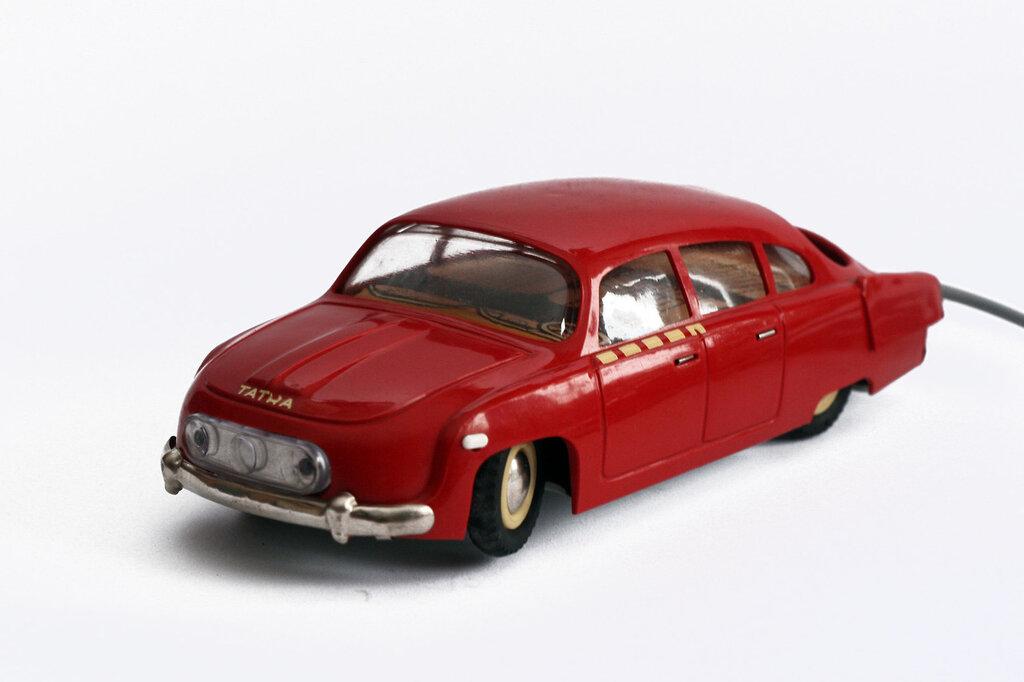 Ites, Tatra 603, c1964. Czechoslovak made remote control toy car80.jpg
