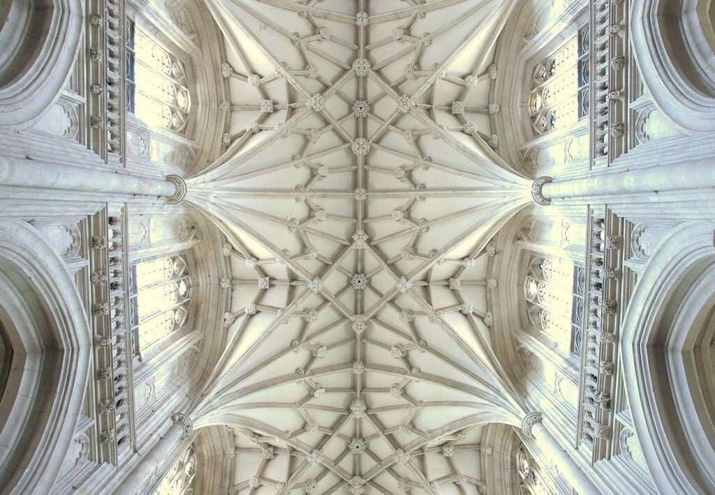 Catedral_de_Winchester_-_volta.jpg