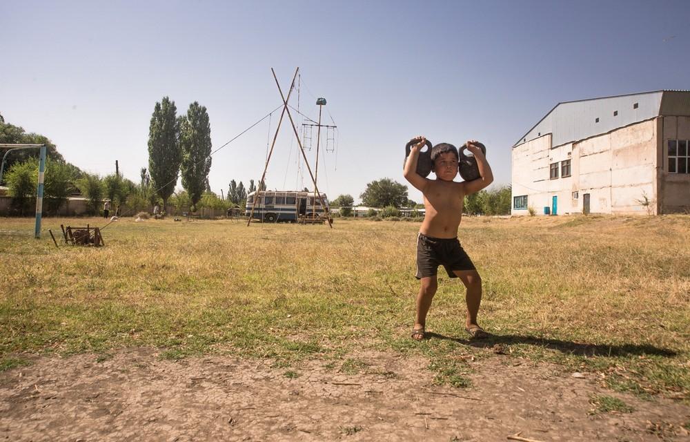Проект Саната Онгарбаева: Узбекский цирк