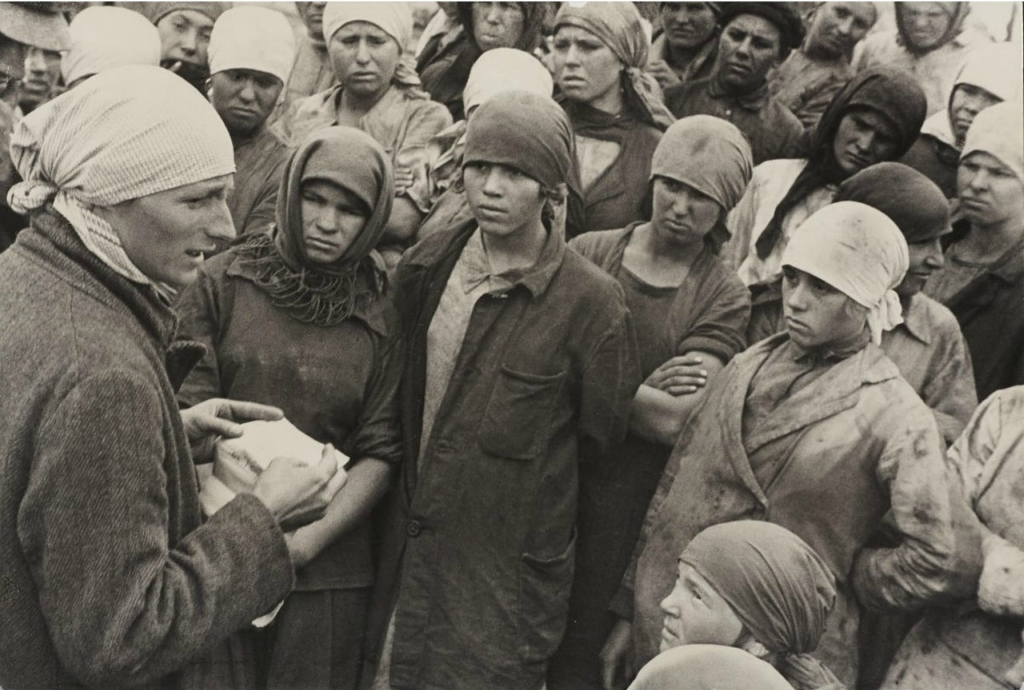 Люди и времена в фотографиях Георгия Зельмы