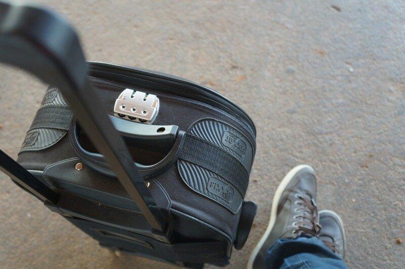 Лучше иметь чемодан на колесиках