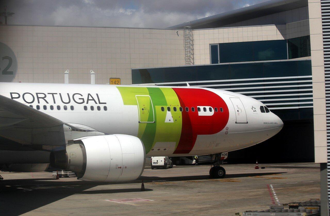Лиссабон. Аэропорт Портела (Lisbon Portela Airport)