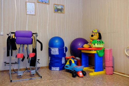 Игрушки в игровой комнате