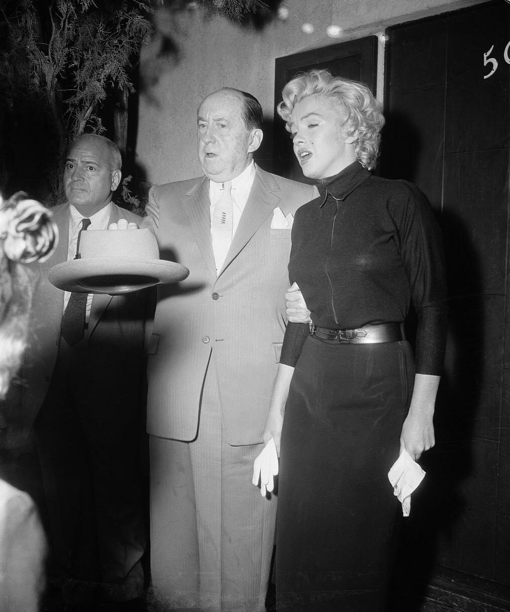 Marilyn Monroe Announcing Divorce from Joe DiMaggio