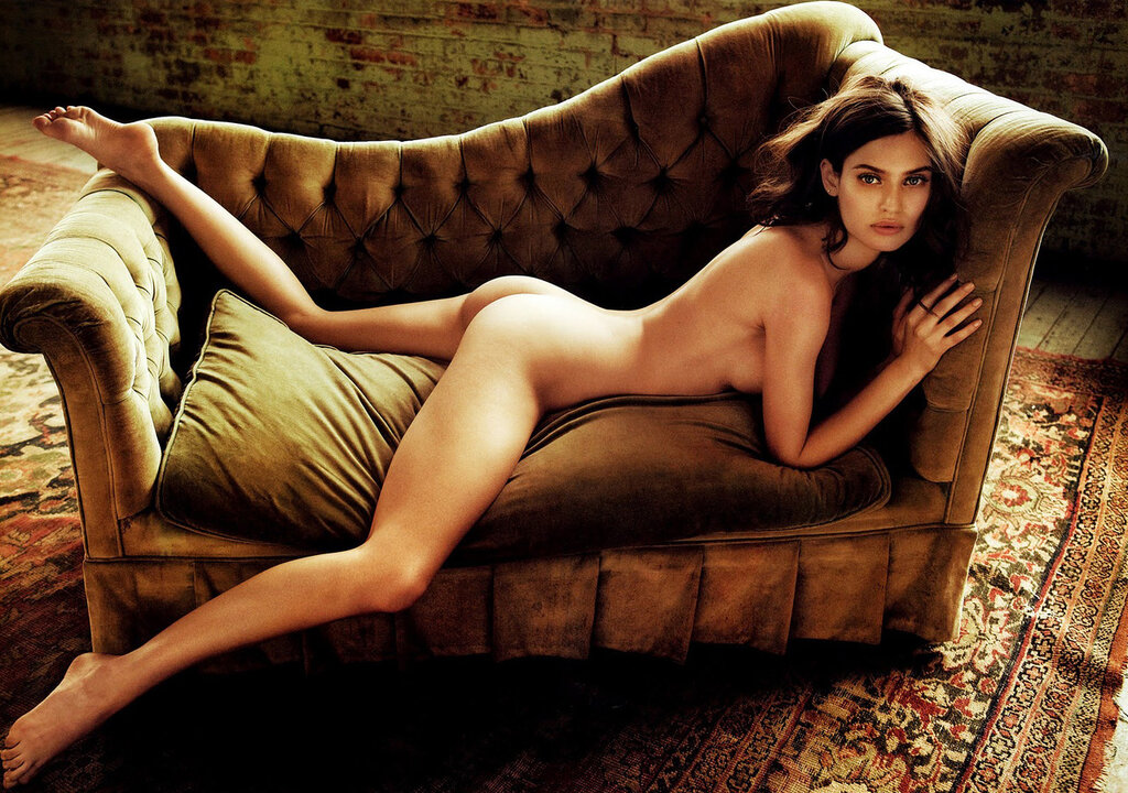 pregnant-naked-hot-famous-womens