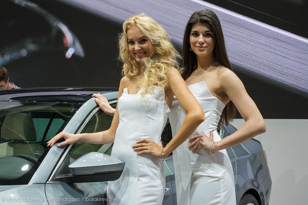 Девушки Женевского автосалона 2015