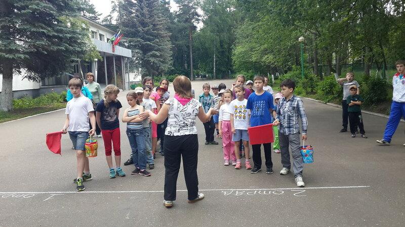 летний отдых в школьном лагере