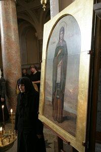7. У иконы святой покровительницы монастыря – преподобной Елизаветы Чудотворицы