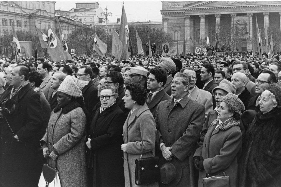 1960. Международная демонстрация на площади Маркса в Москве
