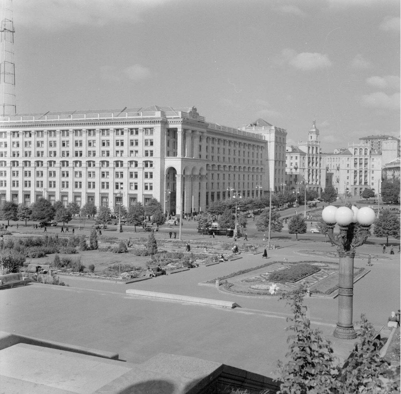 Площадь Калинина