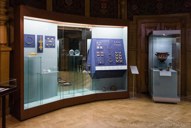 Выставка Золото потомков Геракла, Народы Прикубанья в VI в. до н.э. – III в. н.э. Витрина №4 и №5.