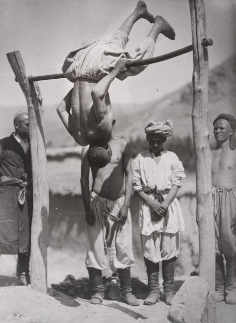 Village Acrobats, photo by Georgi Zelma, Uzbekistan, 1924.jpg
