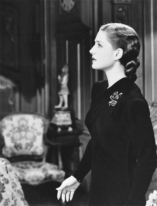 Norma Shearer in Escape  (Mervyn LeRoy, 1940).jpg
