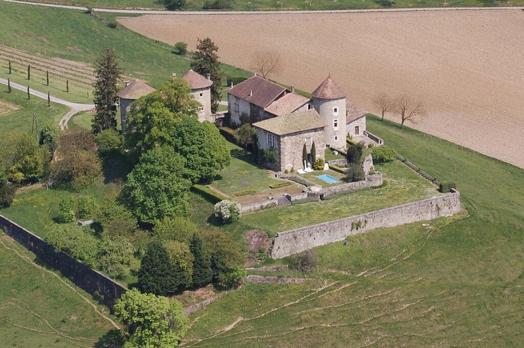 Vue_aérienne_château.jpg