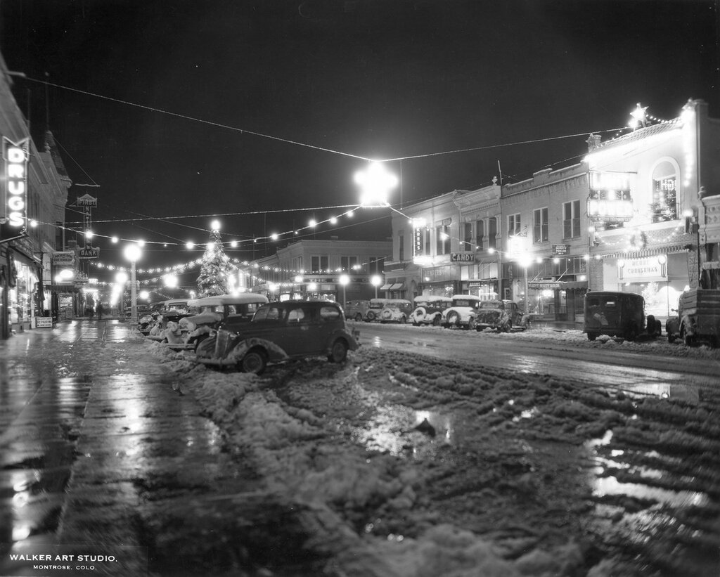 Xmas night in Montrose 1938, Main Street (Colo)