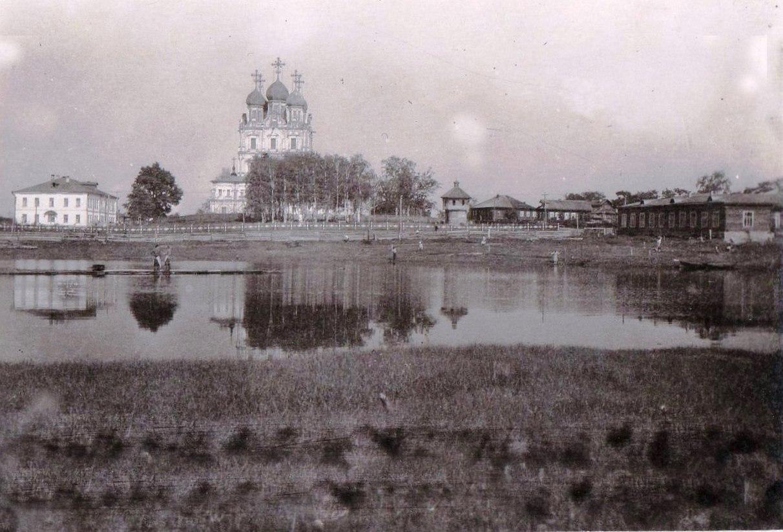 Вид на солёное озеро со стороны марковского ручья