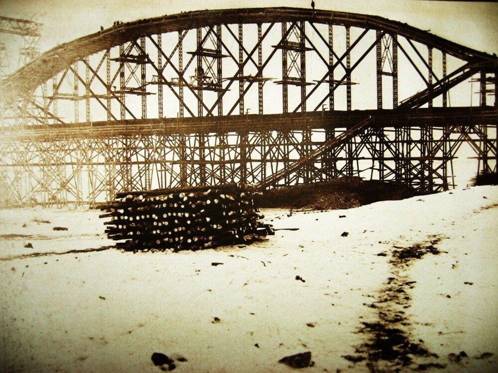 13. Виды постройки Бурейского моста