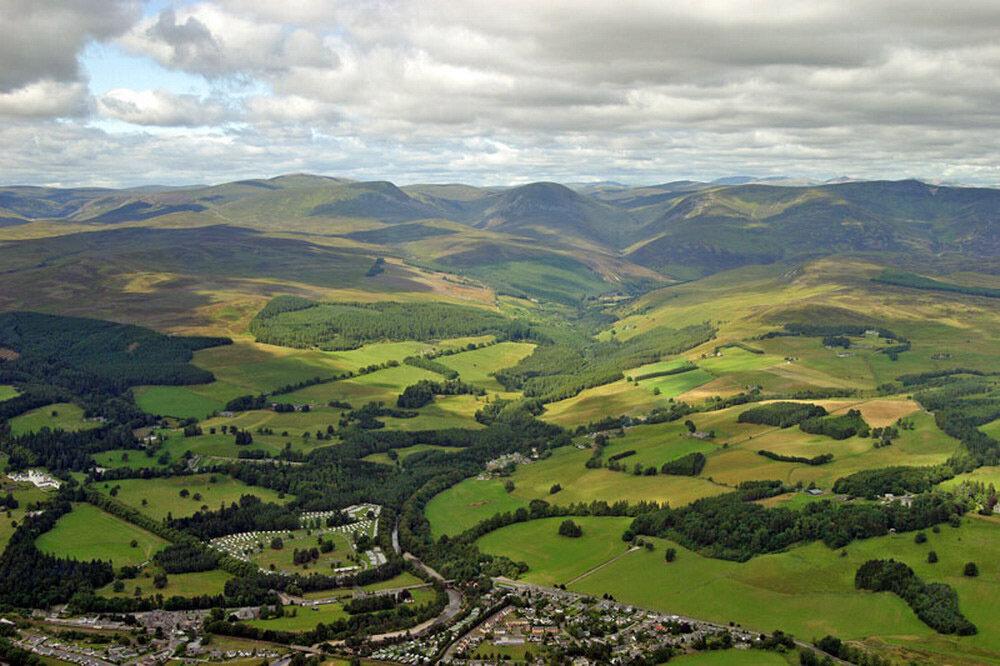 Cairngorms National Park 7_resize.jpg