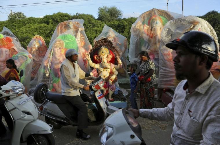 В Индии празднуют День рождения Ганеша 0 1454c8 5faac9a3 orig