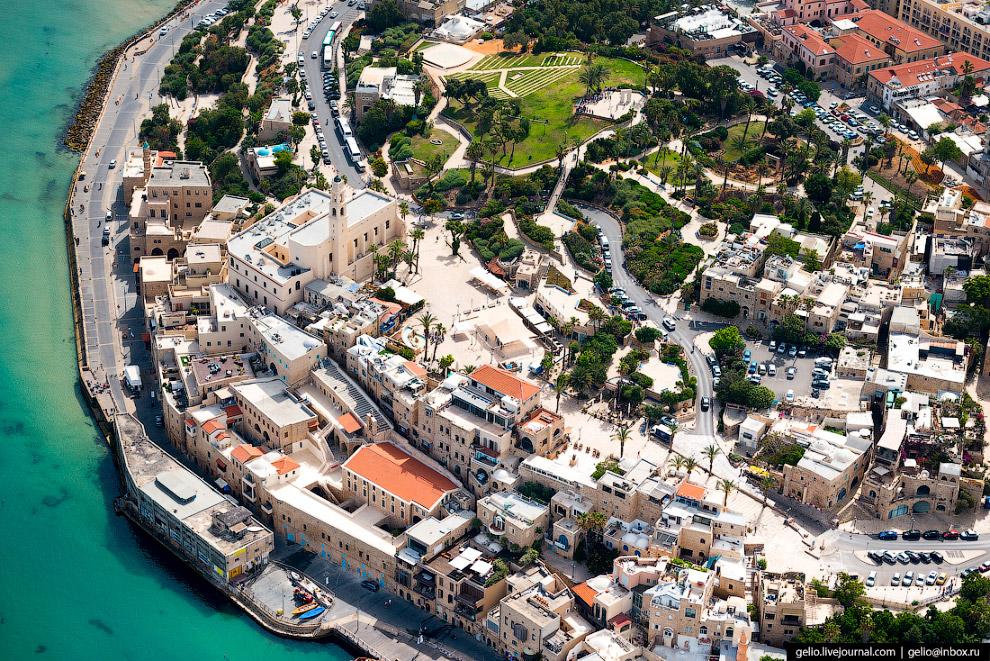 10. Израиль располагает отлично развитой дорожной сетью, строить которую начали ещё в первые десятил