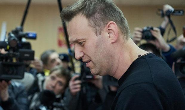 Милиция нестала предъявлять претензии активистам SERB из-за нападения наАлексея Навального