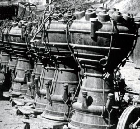 Двигатели немецкой трофейной ракеты А4 - Фау-2