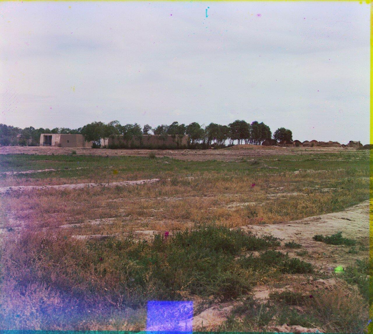 Окрестности Мерва. Близ Байрам-Али. Общий вид текинского поселка