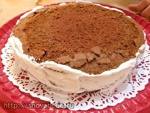 шоколадный торт с банановой начинкой