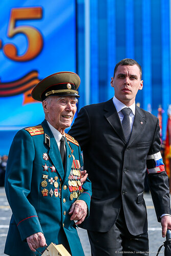 2015 Moscow Victory Day Parade: - Page 16 0_22b88e_50921074_L