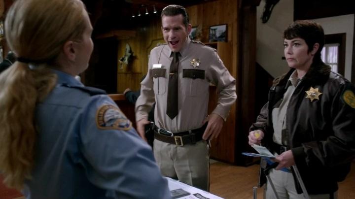 Эпизод 10.08 Hibbing 911 Сверхъестественного