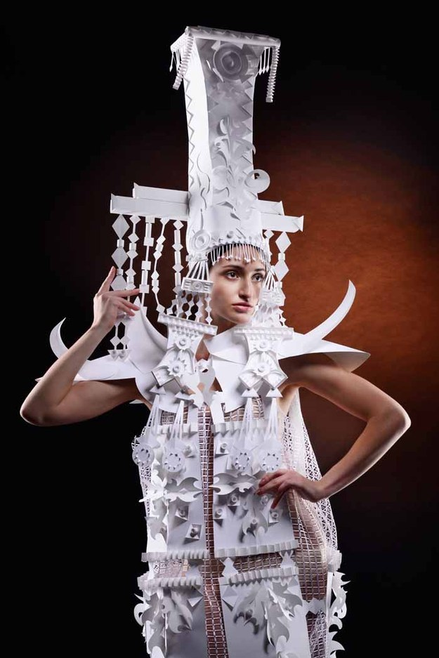 бумажные-свадебные-платья-аси-козиной2.jpg