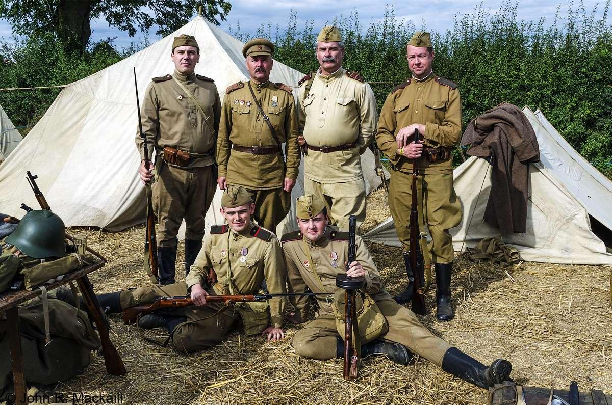 Солдаты Советской Армии в британских реконструкциях сражений 2-й мировой войны (8)