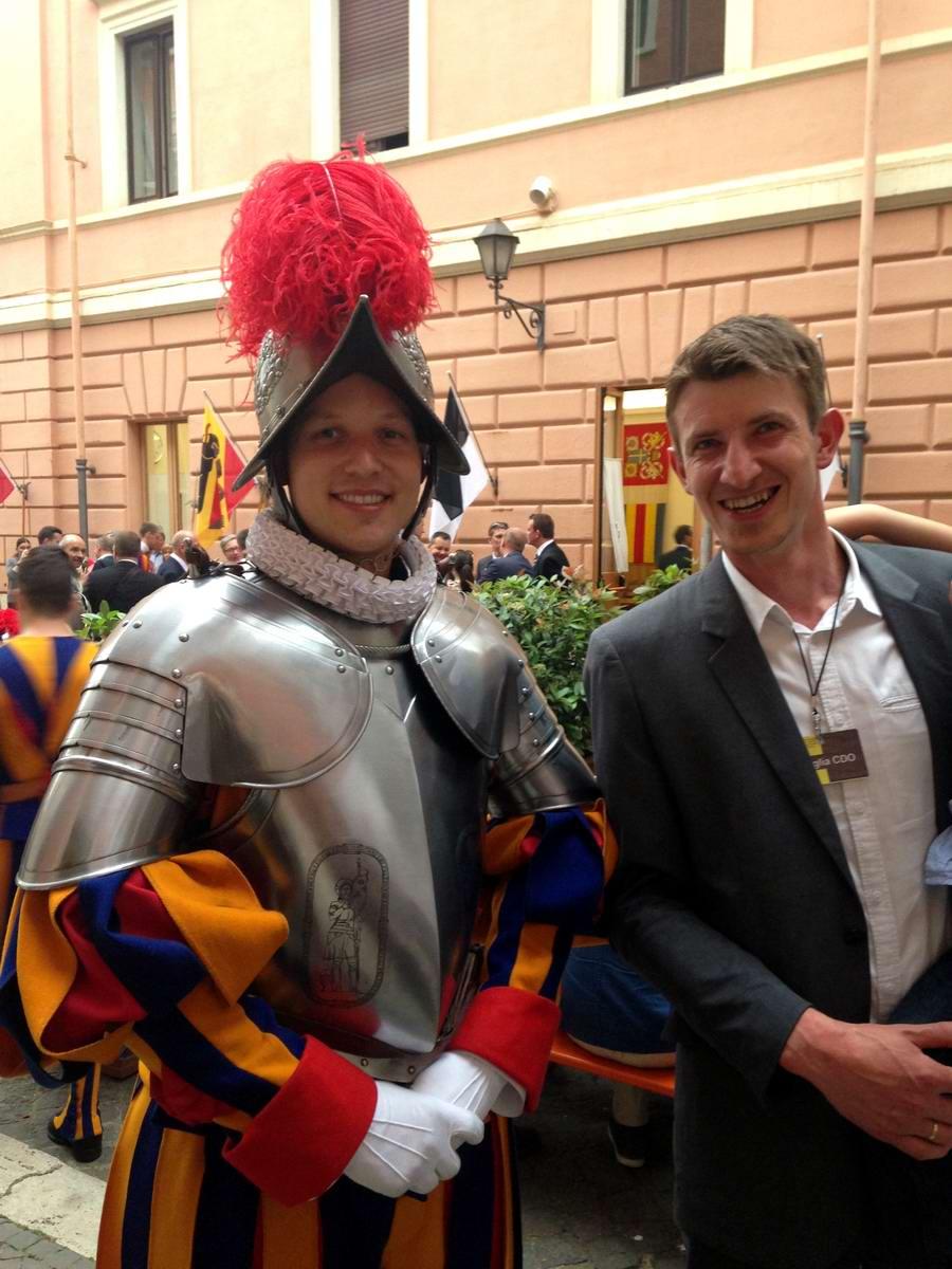 Швейцарская гвардия Ватикана: Новобранцы присягают на верность Папе Римскому (32)