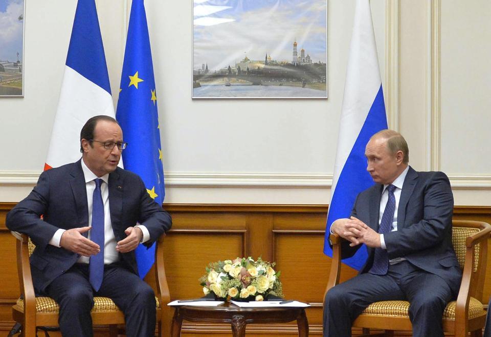 Встреча президентов В.Путина и Олланда в Пулково 06.12.2014