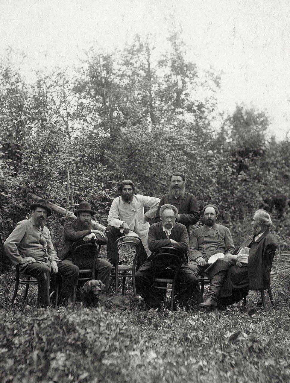Группа красноярцев на охоте в Минусинском округе на р. Енисее