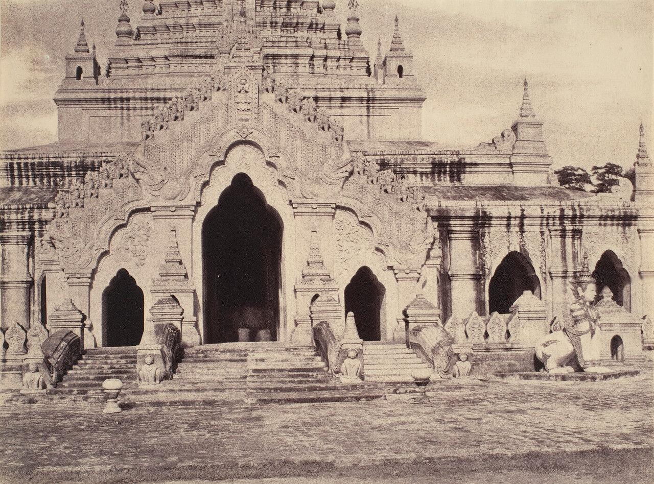 Амерапура. Восточный вход в пагоду Махатхуги-янти