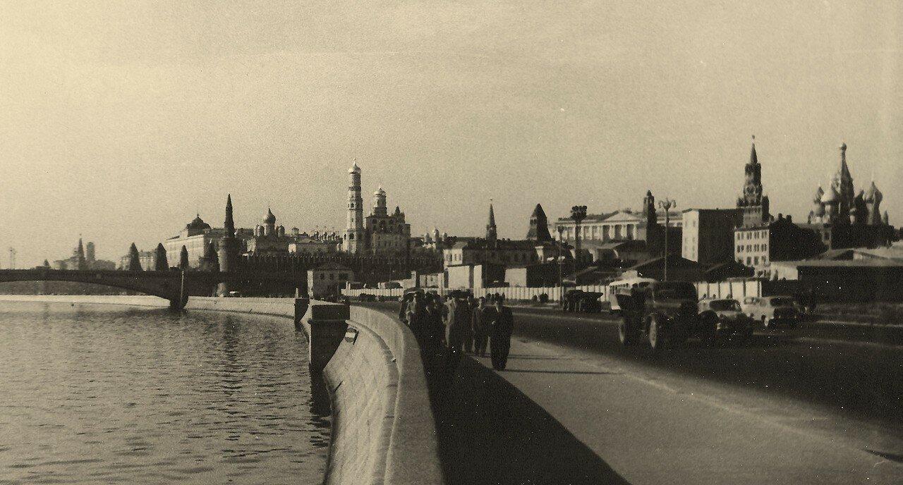 1962. Вид на Кремль без гостиницы «Россия»