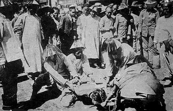 10-5-manchu-crimes-4.jpg
