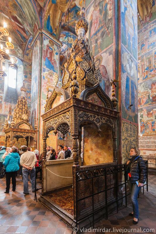 Моленное место Церкви Ильи Пророка в Ярославле.