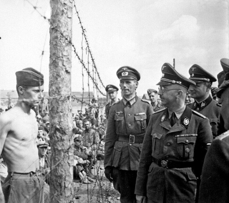 лагерь военнопленных, советские военнопленные, пленные красноармейцы, зверства фашистов над пленными красноармейцами