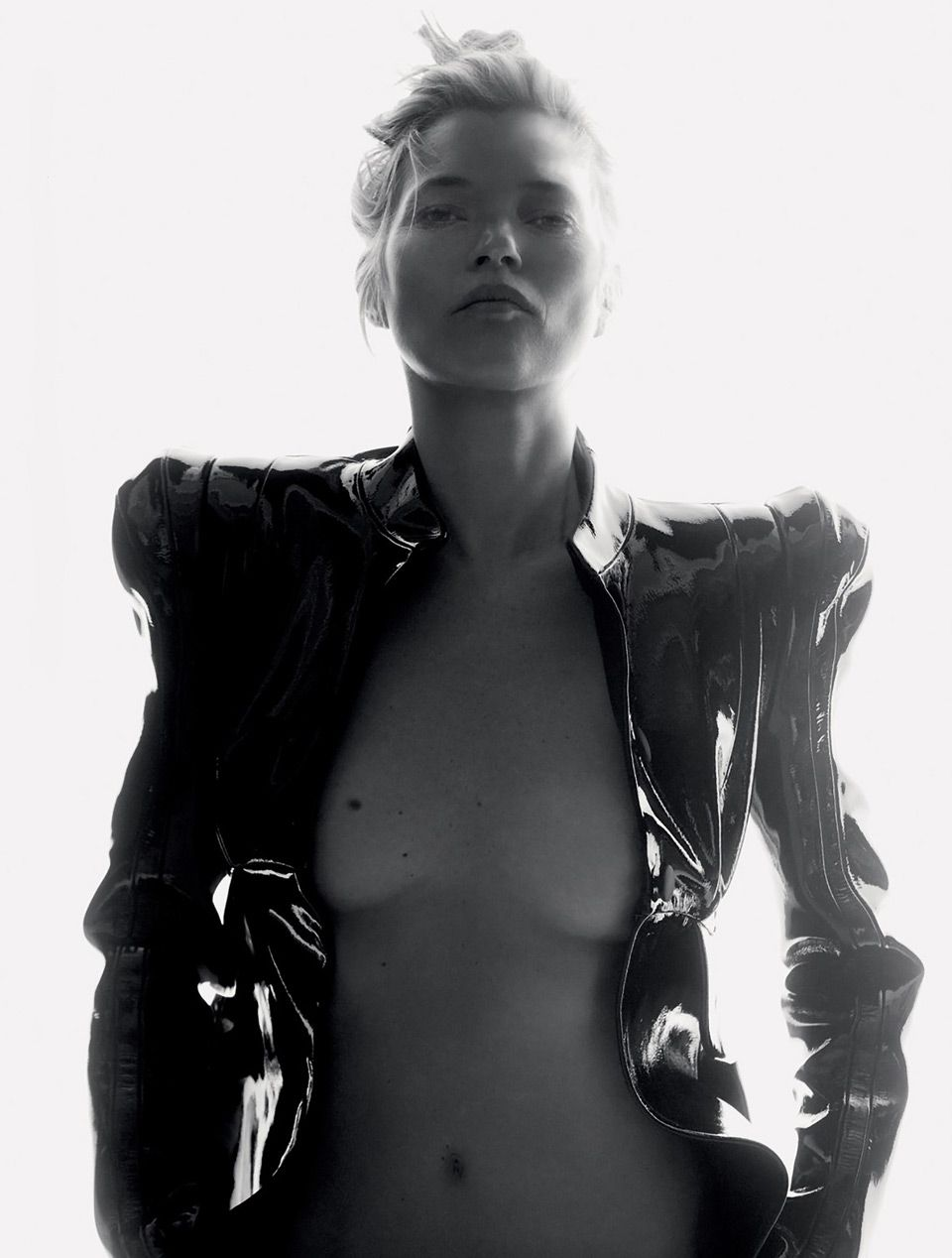 Кейт Мосс в журнале Love Magazine (8 фото)