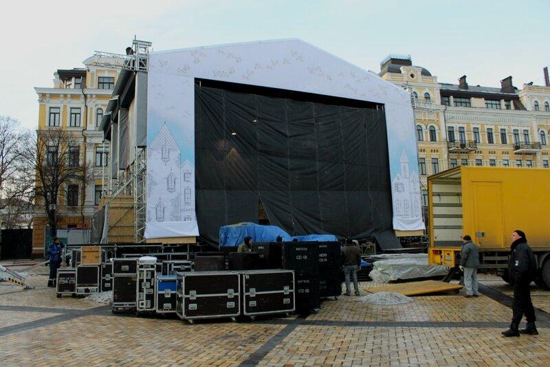 Новогодняя сцена на Софиевской площади